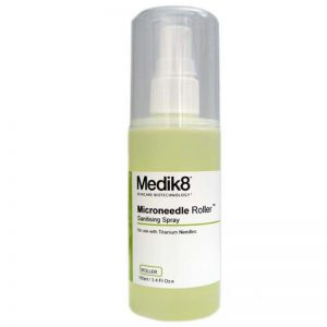 medik8_sanitising_spray-skinrolla